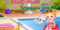 Hazel havuzda eğleniyor